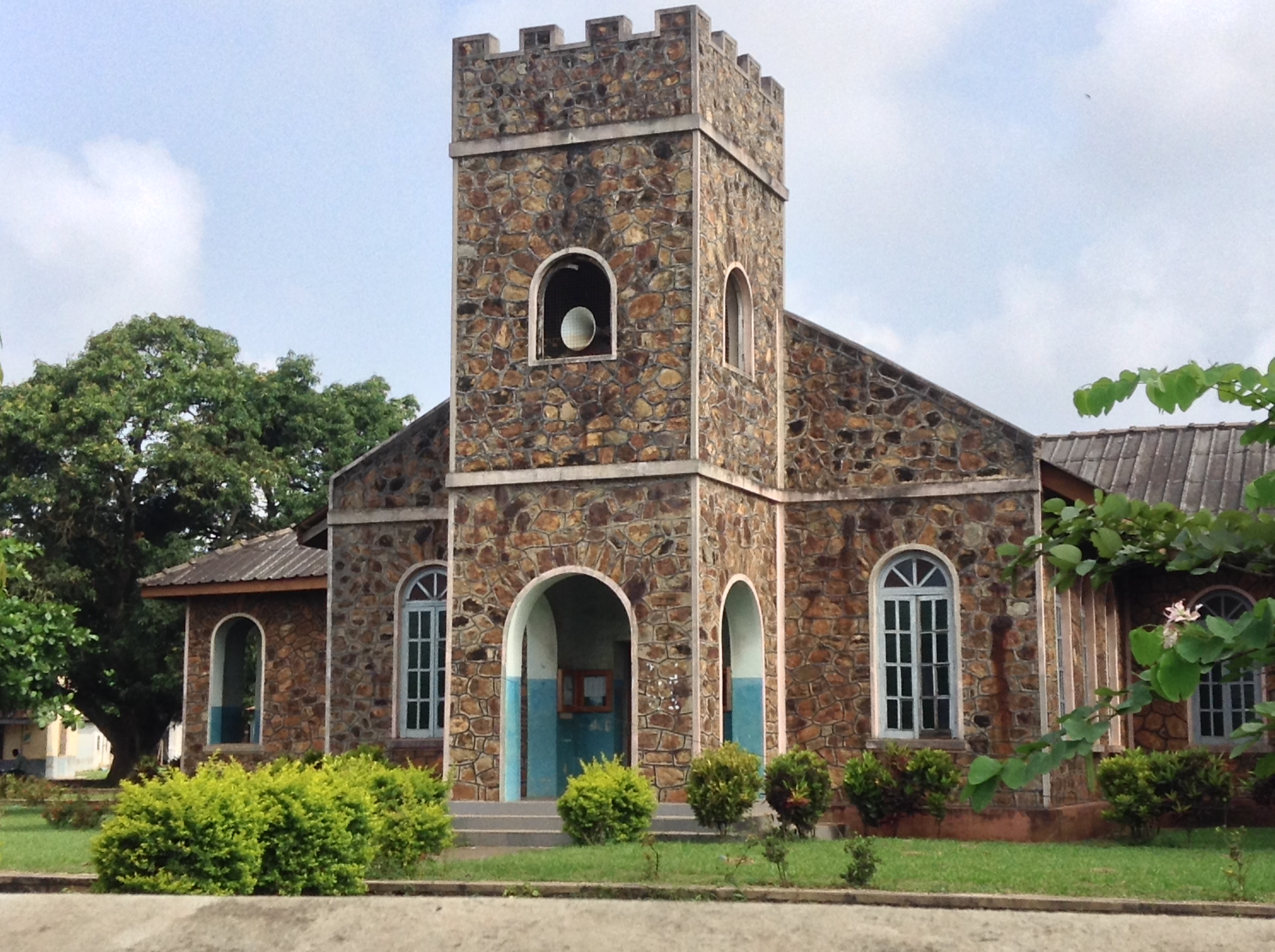sda church one of the oldest stone buildings in ife Ife People: The Ancient Artistic, Highly Spiritual And The First Yoruba People