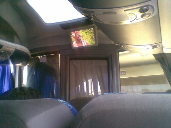 28042012004 video bus