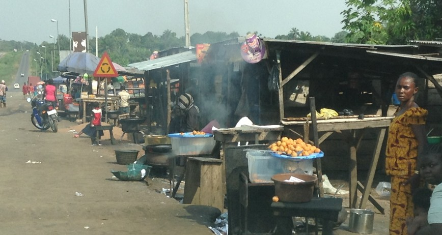 Akara sellers- Osu Junction- Ife-Ibadan Road. (Bean cakes)